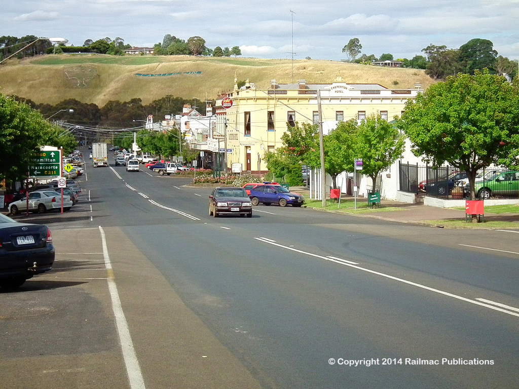 (SM 12-12-1367) Street scene from Casterton (Vic), December 2012