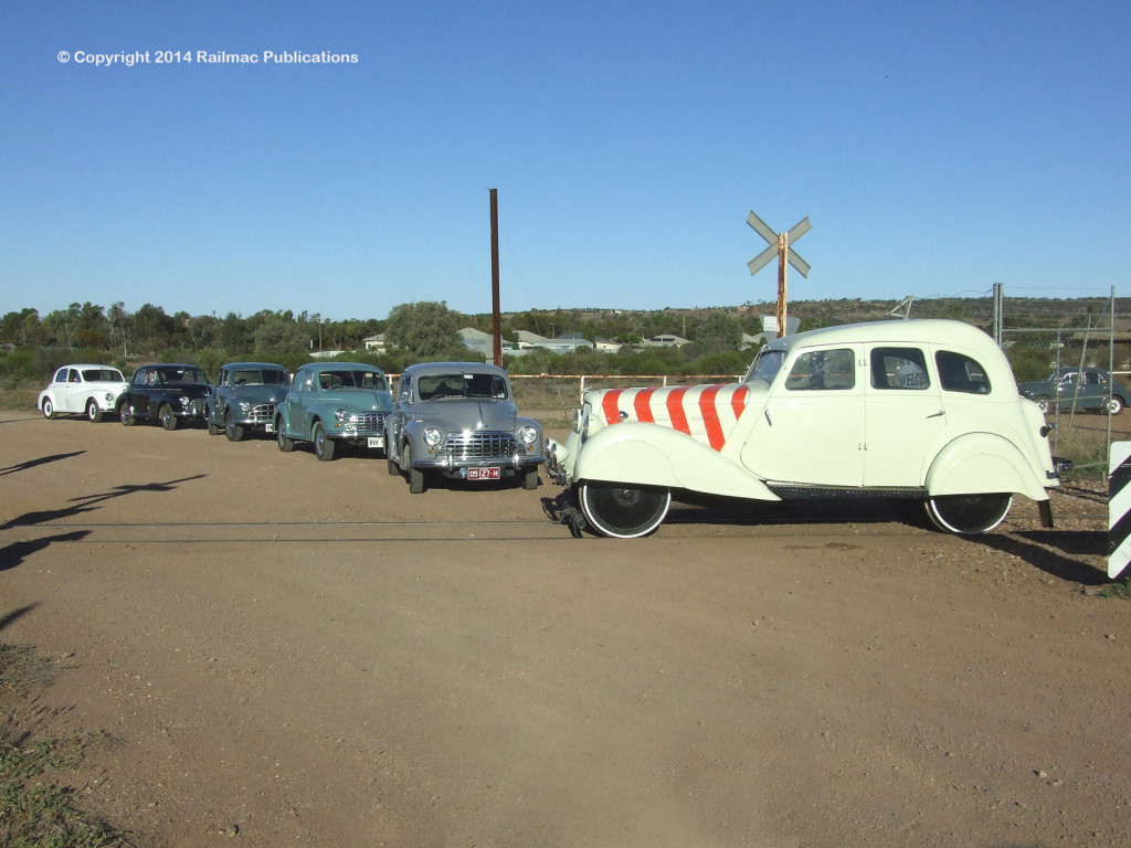 (SM 12-4-5084) Morris Oxfords, a Morris Six and a Morris 25 MIC at Quorn (SA), April 2012