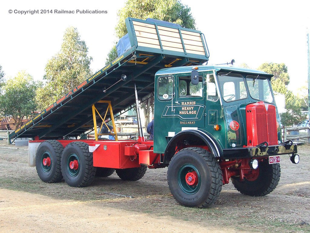 (SM 9-5-6835) AEC four wheel drive with a tilt tray at Lake Goldsmith Steam Rally, May 2009