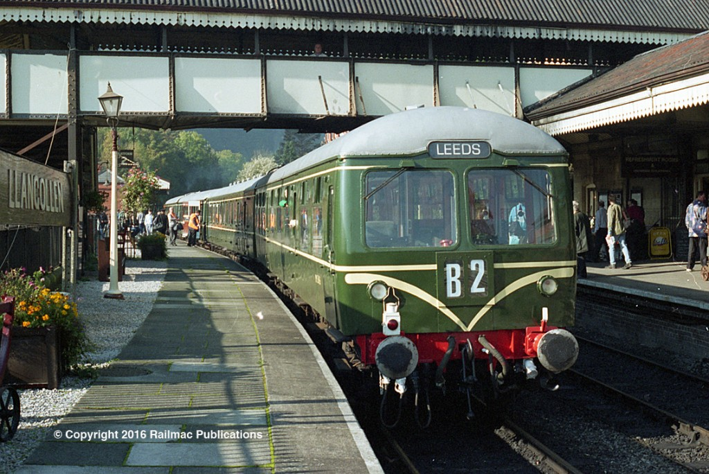 (SM 97-8705) Preserved first generation DMU set with Cravens trailer 56456 closest the camera on the Llangollen Railway in North Wales, 15th October 1997.