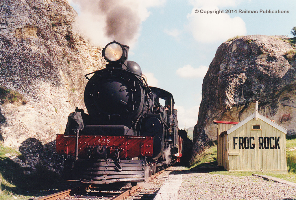 (SM 95-9-0271) Ab 428 with a demonstration goods train at Frog Rock, September 1995