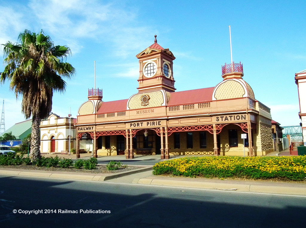 (SM 12-11-2012) Former Ellen Street Station, Port Pirie (SA), November 2012
