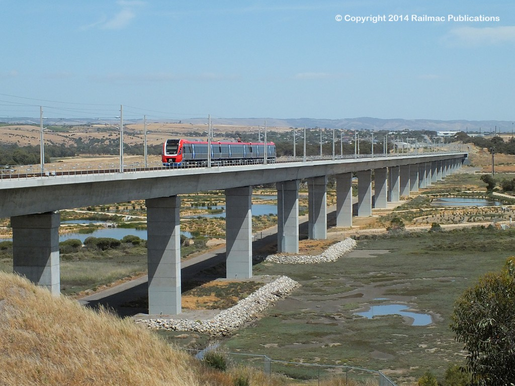 (SM 14-11-9254) An EMU on the new Onkaparinga Bridge, Noarlunga (SA), November 2014